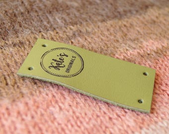 Center fold leather labels, custom folding labels, personalized clothing labels, logo branding tags, leather labels, knitting labels, 25 pc