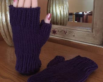 Amethyst fingerless gloves
