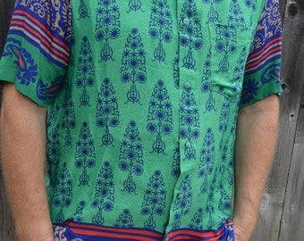 Men's Handmade Sari Silk Short Sleeve Button Down Casual Shirt - Soft Emerald Green with Royal Trees - Medium - Santino I961