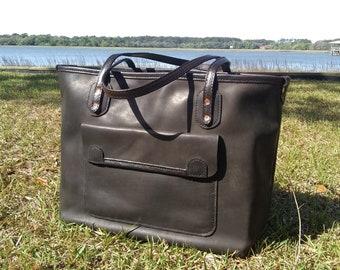 Leather Tote Bag / Shoulder Bag / Diaper Bag / Horween / Hand Stitched / Full Grain Leather / Large tote / Handmade / IPad Pockets / Satchel