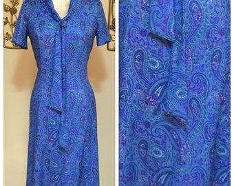 SALE! 60s Vintage Blue Paisley Mod Shift Dress Medium Large