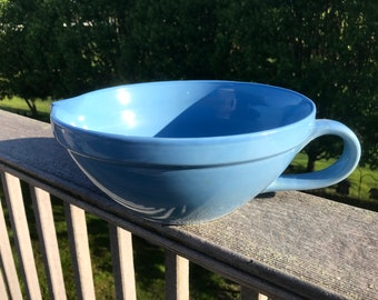 """Vintage Designpac Blue 10 """" Batter Bowl"""