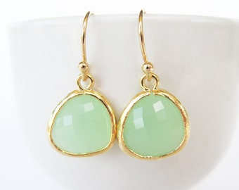 Mint Earrings. Gold and Mint Glass Earrings. Mint Weddings Jewelry. Mint Bridesmaids Earrings. Mint Green Earrings Mint Green Glass Earrings