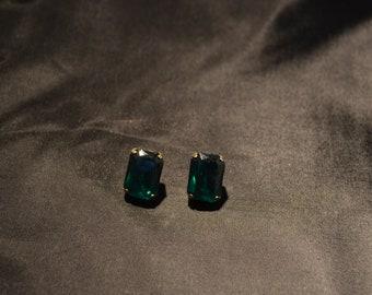 Vintage Emerald Green Earrings