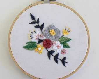 "5"" Floral Embroidery Hoop Art"