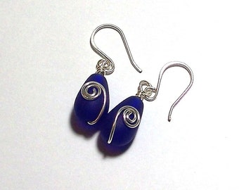 Royal Blue Sea Glass Teardrop Earrings with a Silver Plated Spiral by Carol Wilson of Je t'adorn
