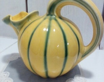 Pitcher jug pitcher in the shape of melon, Longchamp France