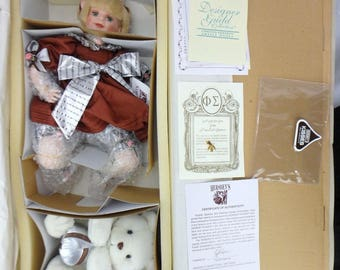 1997 FayZah Spanos Hersheys Hugs Porcelain Doll and Bear w/COA & Box