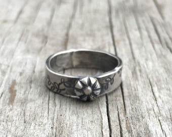 Silver Band, Sterling Silver Band, Flower Ring, Stamped Band, Vintage Look Ring, Rustic Ring, Stacking Ring, Minimalist Ring, Boho Ring