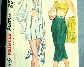 SALE 20% OFF Uncut Vintage 1940s Simplicity 3250 sewing pattern.    Bust 32 inches.