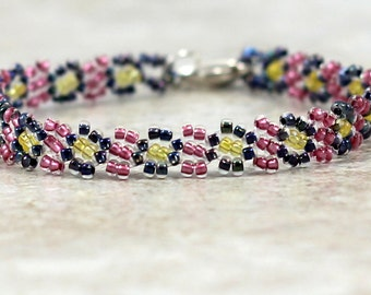 Child's Bracelet - Beaded Bracelet - Daisy Chain Bracelet - Seed Bead Jewelry - Children's Jewelry - Girl's Bracelet