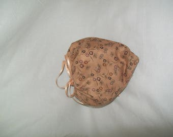 Foldable pink fabric in a heart bag reusable shopping bag