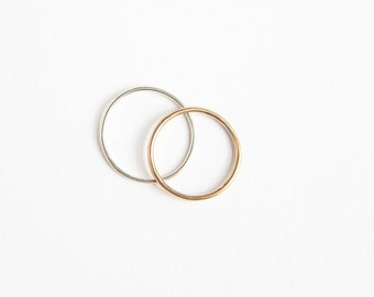 Rae // recycled sterling silver stacking ring