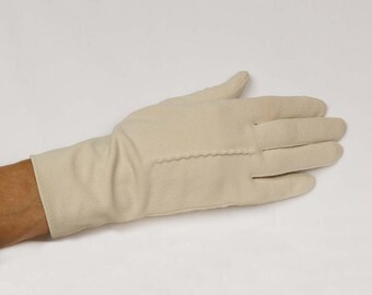 Off White Gloves by Hanson  White Pignylon Scalloped back wrist with band Two buttons Driving gloves Looks like suede