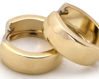 14k Yellow Gold Shiny Huggie Earring