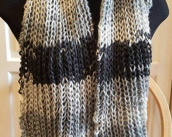 Infinity Scarf - Gray/Black/White Tweed.