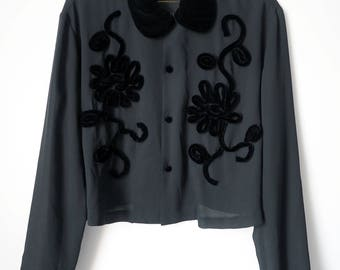 Vintage VIVIENNE TAM Blouse Elegant embroidered Rose Print Sheer Black Mesh Velvet Collar Women's M/L Goth/MINIMAL/ Avante Garde