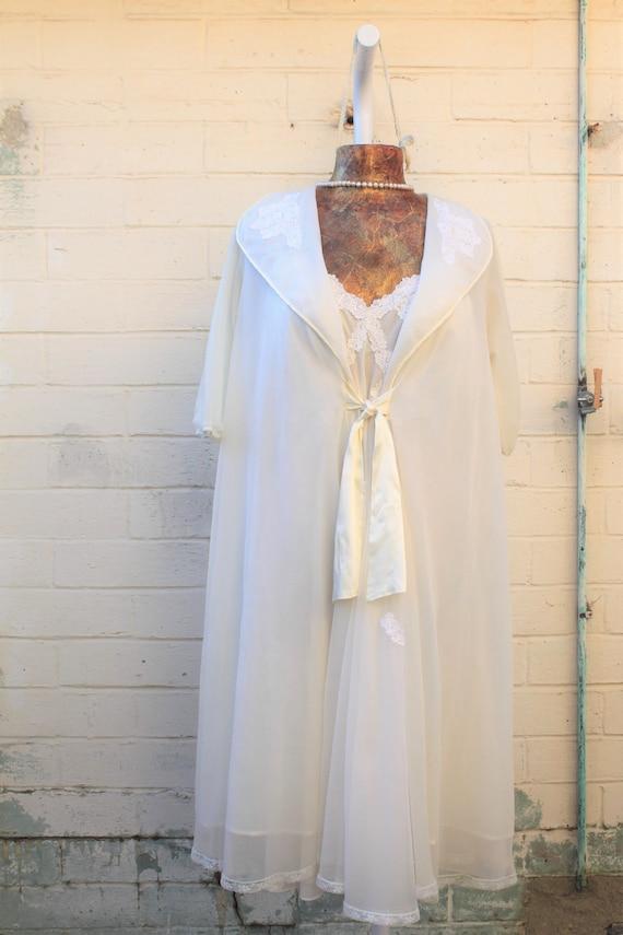 Vintage Chiffon White Bridal Peignoir Nightgown Set/Bridal white peignoir set/wedding night bridal designer/Vintage Lingerie/1960s slipdress