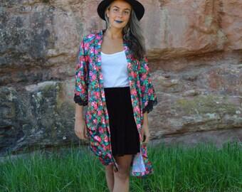 Vintage Vibrant Bright Floral Duster Jacket Robe Black Lace Trim