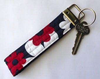 Key fob, wrist lanyard, key chain, keys, key fob wristlet, key bracelet, lanyard, fabric key fob, key fob chain, bracelet, floral key fob