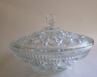 Windsor Pattern glass Lidded Dish 1960s Clear Pressed Glass Indiana Glass Company