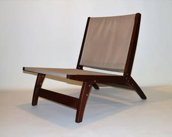 Minimalist style chair