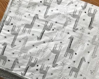 Giraffe Cozy blanket
