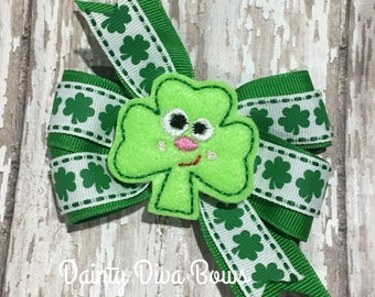 St Patricks Bow, Shamrock Bow, Small Toddler Bow, 3 Inch Bow, Girls Bow, Hair Bow, Green Hair Bow, Toddler Hair Bow, Shamrock, Irish