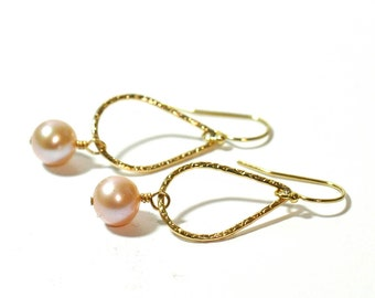 Pink Freshwater Pearl earrings, Pink Peal Gold earrings, June Birthstone Jewelry, June Birthday earrings, Weddings,  Bridesmaid Gift Set,