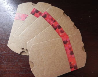 CEREMONY COLLECTION: 25 berlingots decorated with a masking tape red hearts