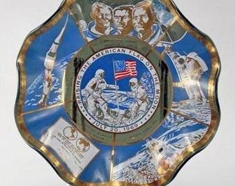 """NASA Apollo Moon Neil Armstrong Weaved Edge Design Glass Dish 9"""" Collector Piece Plate"""