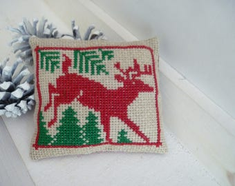 Christmas cross stitch embroidered Christmas pillow cover