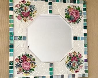 Mosaic mirror spade plate