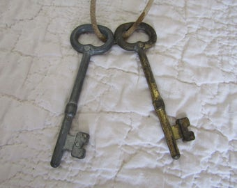Vintage Skeleton Keys 2 Large keys on Rope SALE