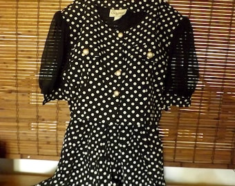 Vintage 90s does 60s Polka Dot Sheer Sleeve Crop Top and High Waist shorts Set S/M Free Shipping