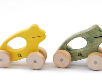 Push wooden frog