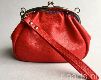 Frame clutch, kiss lock purse in red full grain cow leather. red leather purse, red frame purse