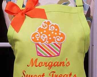 Personalized Apron Cupcake Apron Baking Cooking with Optional Dish Towel Monogrammed Gift
