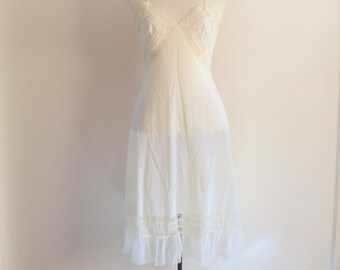 50s white slip - vintage sheer cream ecru french floral lace Valisère mid century pinup bombshell nylon full lingerie nightgown small medium