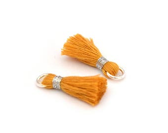 Small PomPoms 2 set of 2 cm / mustard yellow P147 FM