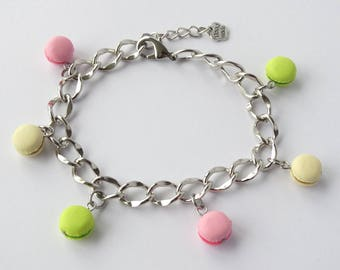 Pastel coloured macaron charm bracelet tiny macaron charms chain charm bracelet adjustable silver with kawaii macarons green vanille pink