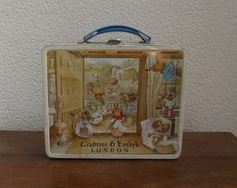 Beatrix Potter, metal lunch box, bread box, Crabtree & Evelyn London. Peter Rabbit