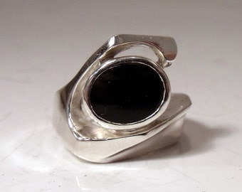 Sterling Silver Ring with Black Onyx RF508
