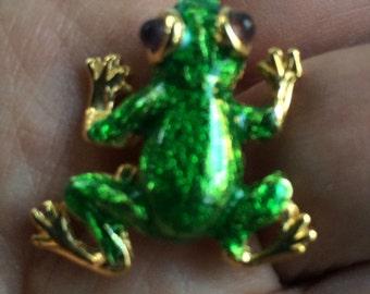 Bright Green Frog Pin,Frog Brooch,Frog PIn,Enamel Frog Pin,Enamel Frog Brooch,Frog Jewelry,Frog Lapel Pin,Green Frog Pin,Frog Lapel Brooch