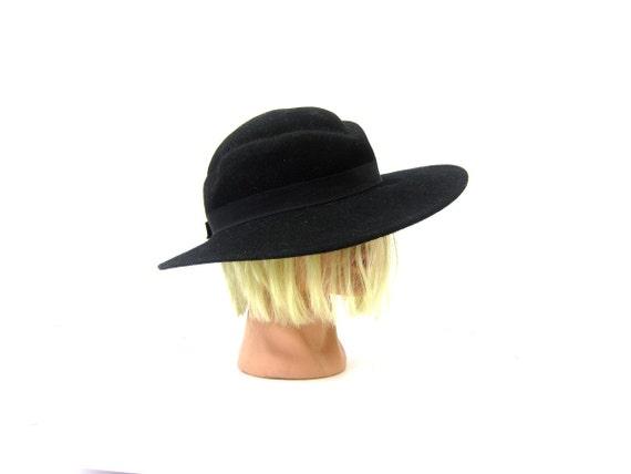 Vintage Black Hat Street Smart Preppy Wool Felt Arlin Fashion Brim Hat Retro Hipster Women's Hat Small Medium