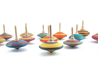 Spinning top, Wooden spinning Tops, Wedding favors, Wood top, Wooden games, Party gifts, Vintage toys, Woodturning, SilvanWoodturning
