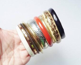 Vintage Bangle Collection x 12 Gold Silver Cream Tan Stacking Bangles Bracelets Job Lot Boho Chic Gypsy Cuff