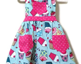 Retro Style Apron, Children's Apron, Toddler Apron, Girls Apron, Baking Apron, Cooking Apron, Cupcake Apron, Kids Apron, Little Girls Apron
