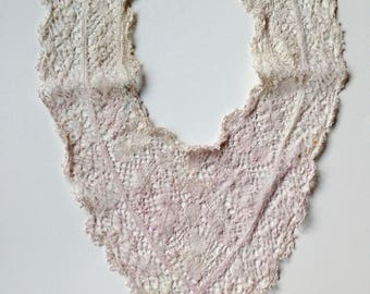 1944 Lace Collar. Hand Tatted Cotton. Vintage OOAK