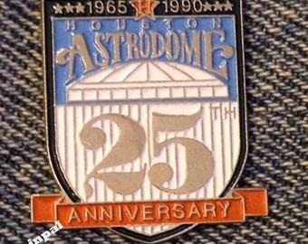 1990 Houston Astrodome Lapel Pin ~ 25th Anniversary ~ Astros ~ MLB ~ Baseball